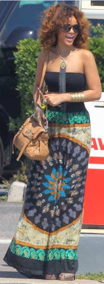 Mulberry Quilted Alexa carried by Rihanna